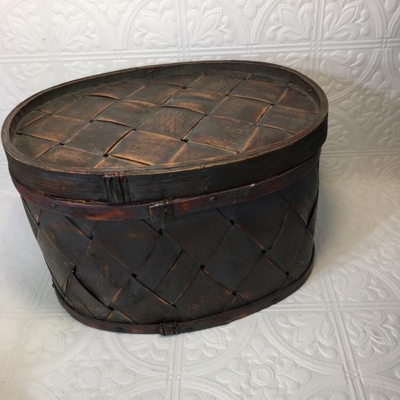 Vintage Rustic Basket with Lid